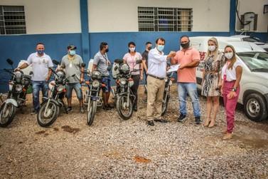 Samae doa cinco motocicletas para a Secretaria de Saúde