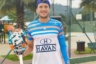 Brusquense representa o Brasil em Circuito Mundial de Beach Tennis