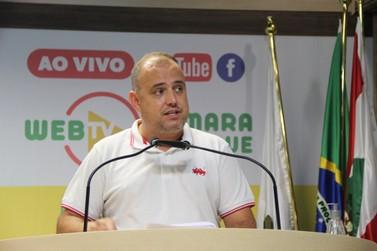 Déco Batisti critica ato partidário alusivo a óbitos por covid-19 em Brusque