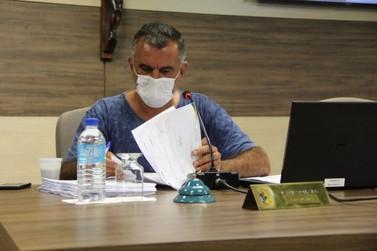 Simas quer transferir valores de clínica veterinária municipal para ONGs