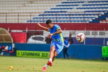 Bruscão realiza último treino tático antes da estreia na Série B