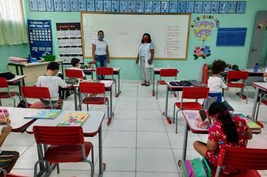 Educação divulga número de profissionais que devem ser vacinados em Brusque