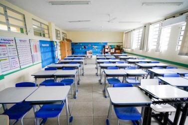 Governo de SC anuncia que haverá vigilantes em todas escolas da rede estadual