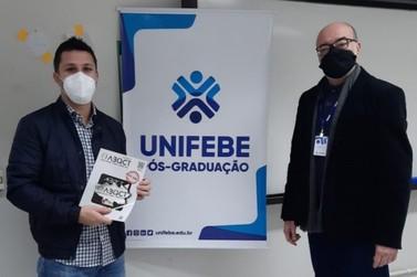 Pesquisa feita por acadêmico da Unifebe é publicada em revista têxtil nacional