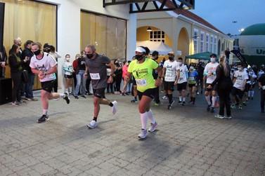 Confira quem ganhou as diversas categorias da primeira maratona de Brusque