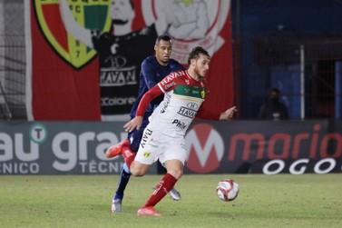 Jejum do Brusque continua após empate contra o Londrina em casa