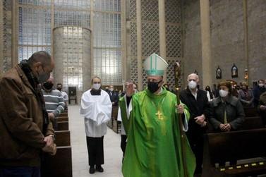 Paróquia São Luís Gonzaga celebra 148 anos e é presenteada com cálice do Papa