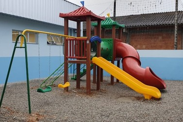 Educação investe em tecnologia e parquinhos para escolas de Guabiruba
