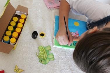 Atividades gratuitas de Alfabetização e Reforço Escolar são ofertadas na Unifebe