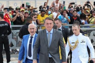 Bolsonaro anuncia que reunirá Conselho da República nesta quarta-feira (8)