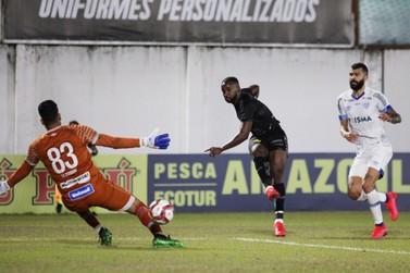 Em jogo com gol anulado e expulsão, Brusque empata com o Avaí no Augusto Bauer