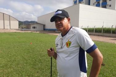 Waguindo Dias retorna ao comando técnico do Bruscão