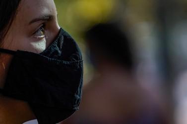 SC deve liberar o uso de máscaras ao ar livre na primeira quinzena de novembro