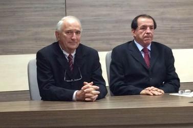 Bóca Cunha afirma que vai nomear metade no número atual de secretários