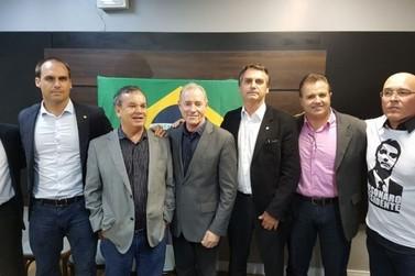 À Portal da Cidade Brusque, Jair Bolsonaro diz que cogita Peninha como integrante em possível chapa presidencial