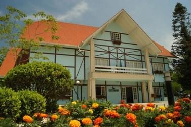 Cerca de 55% dos vereadores eleitos em Guabiruba possuem Ensino Superior