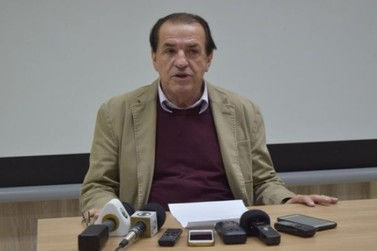 De volta ao cargo de prefeito, Bóca Cunha diz que houve uma invasão na prefeitura