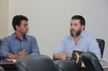 Diretoria da ACIBr recebe prefeito e faz reivindicações