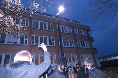 Lâmpadas LED e postes inteligentes devem ser implantados em Brusque em 2017