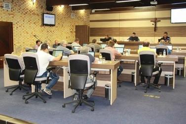 Legislativo aprova adequação da lei municipal que dispõe sobre o ISS à legislação federal