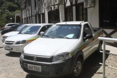 Prefeitura adquire três novos veículos com valor arrecadado em leilão