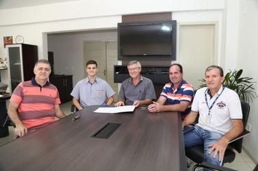 Prefeitura de Guabiruba concede oficialmente terreno para construção de Centro Multiuso pelo SESC