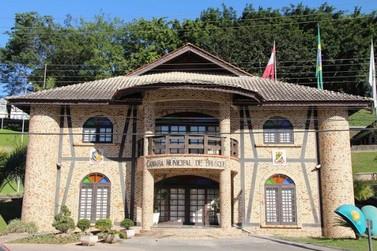Projeto de lei que proíbe o nepotismo na administração pública de Brusque será debatido em audiência pública