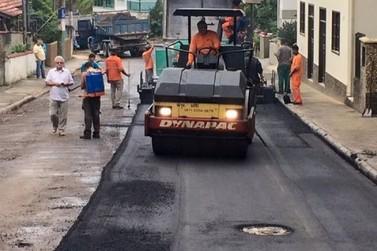 Rua Bulcão Viana começa a ser pavimentada