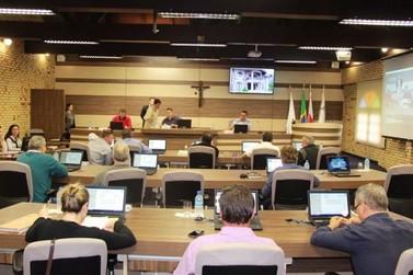 Sessão extraordinária aprova PPA e LDO da Prefeitura de Brusque