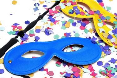 Trabalhar no Carnaval dá direito a remuneração dobrada