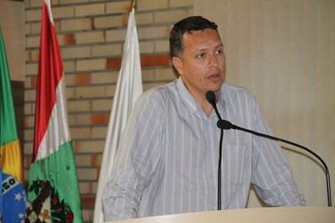 Vereador reclama de demora da Prefeitura no atendimento de indicações