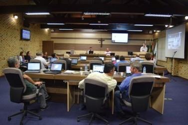 Vereadores discutem possibilidade de audiência pública para discutir a segurança no município