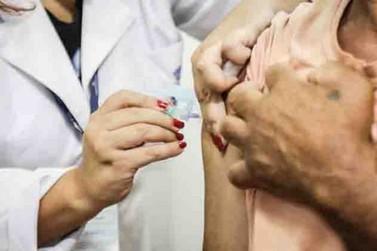Sem novas doses, MS não tem previsão de vacinar novos grupos contra coronavírus