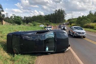 Moradora de Cruzeiro sofre acidente na PR-323