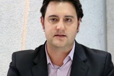 Ratinho Junior lidera pesquisa eleitoral para governador do Paraná