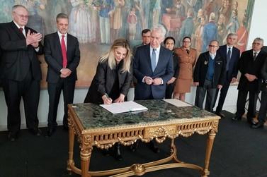 Presidente do TJ assume governo do Paraná durante viagem de Cida Borghetti