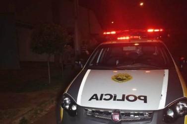 Criminosos amarram empresário e roubam veículo