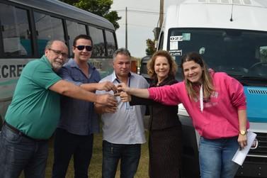 Saúde de Cruzeiro conquista novo veículo e reforma de micro-ônibus