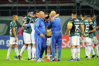 Returno tem Palmeiras na liderança, Vitória no G-4 e Bahia com mais derrotas
