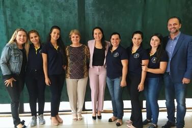Escola Comunidade promove seminário sobre educação e governo