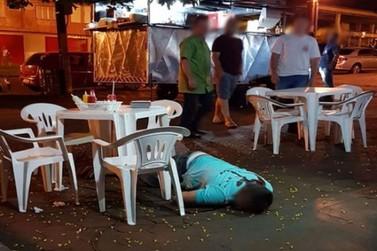 Homem é executado com vários tiros enquanto lanchava em Umuarama