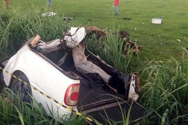Três jovens morrem após acidente na PR-485, entre Casa Branca e Alto Paraíso
