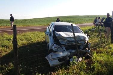 Colisão frontal deixa seis feridos na BR-272, entre Francisco Alves e Guaíra