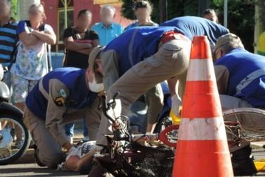 Ciclista morre após ser atingida por caminhão no centro de Toledo