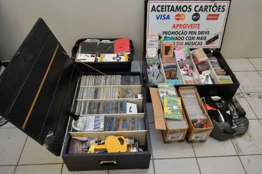 Fiscalização apreende produtos vendidos sem nota e 'pirateados' em Umuarama