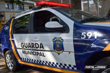 Motorista é autuado, desacata guardas municipais e vai preso em Umuarama