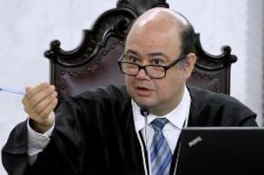 Suspensa licitação de Cruzeiro do Oeste para gerenciamento de vale-alimentação