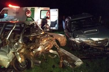 Acidente grave na PR-182 deixa motorista ferido em Francisco Alves