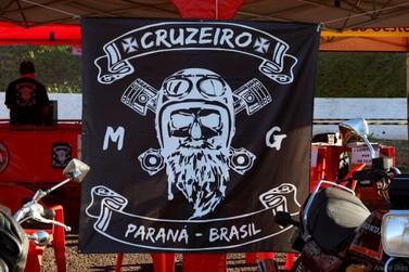 Evento motociclístico  movimentou Cruzeiro do Oeste no último sábado.