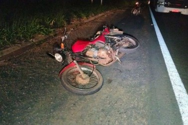 Motociclista morre após bater na traseira de carro na Rodovia PR-323